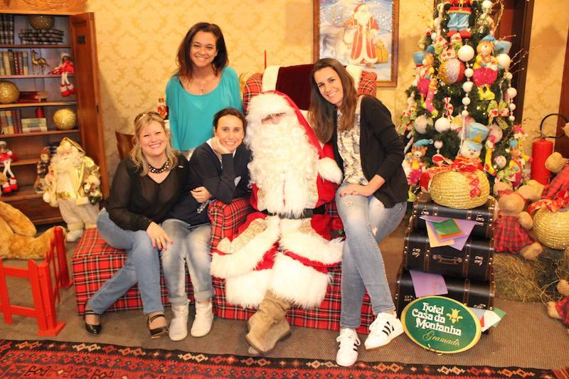 Papai Noele na casa da montanha