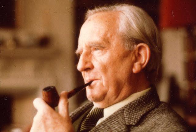 Noel di Tolkien nella traduzione italiana di Giovanni Costabile