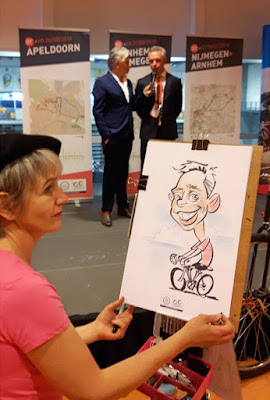 sneltekenaar Marion van de Wiel tekent karikatuur tekening van van Poppel
