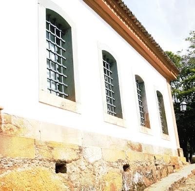 Lateral Museu de Sant'Atana