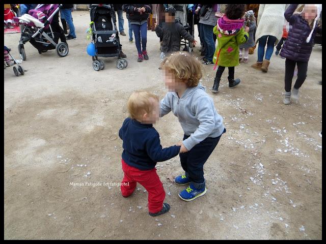 enfants dansent