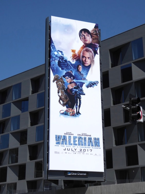 Valerian City of a Thousand Planets billboard