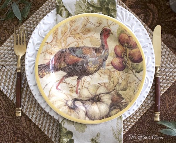 Turkey Table Setting- Creating a Mix-and-Match Thanksgiving Table- www.gildedbloom.com