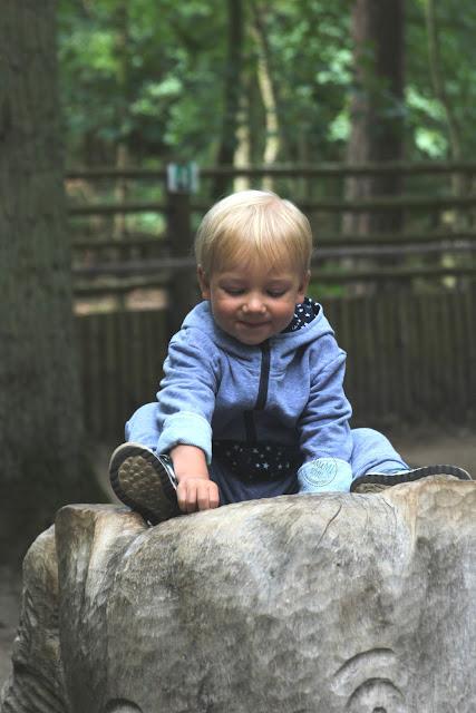 detale w kombinezonie, jak uszyć dla dziecka, szycie dla dzieci