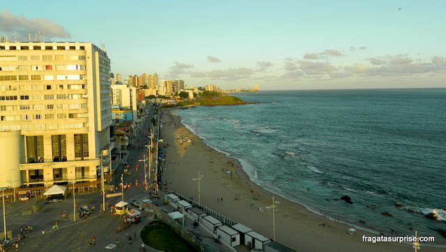 Salvador: Praia do farol e Edifício Oceania