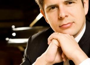 pianista español Javier Perianes
