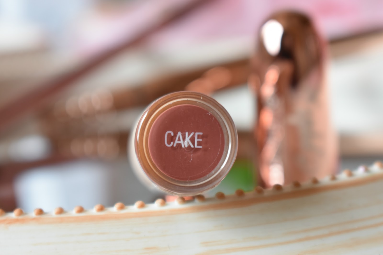 Haysparkle Revolution Soph Nude Lipstick In Cake Reviewed -8255