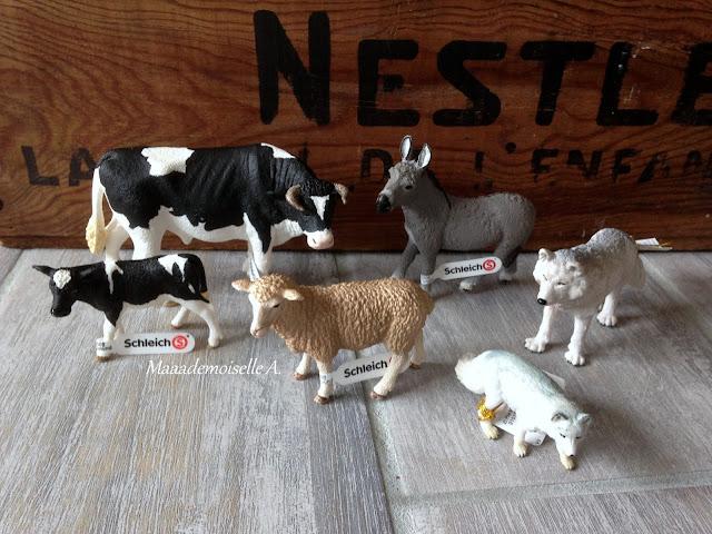 Figurines animaux Schleich et Papo : âne, mouton, veau Holstein, taureau Holstein, renard arctique, loup arctique