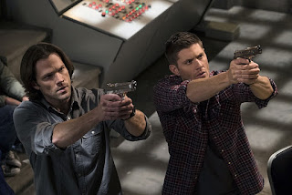 "Jared Padalecki as Sam Winchester, Jensen Ackles as Dean Winchester, in Supernatural 11x23 ""Alpha and Omega"""