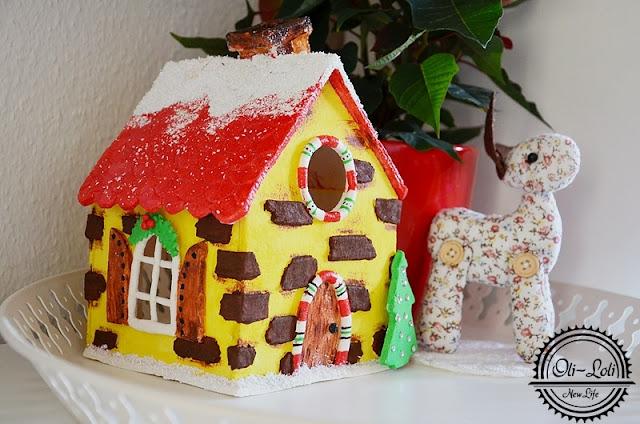 Świąteczny domek z masy solnej