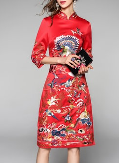 https://www.stylewe.com/product/red-floral-embroidered-stand-collar-vintage-3-4-sleeve-midi-dress-77974.html