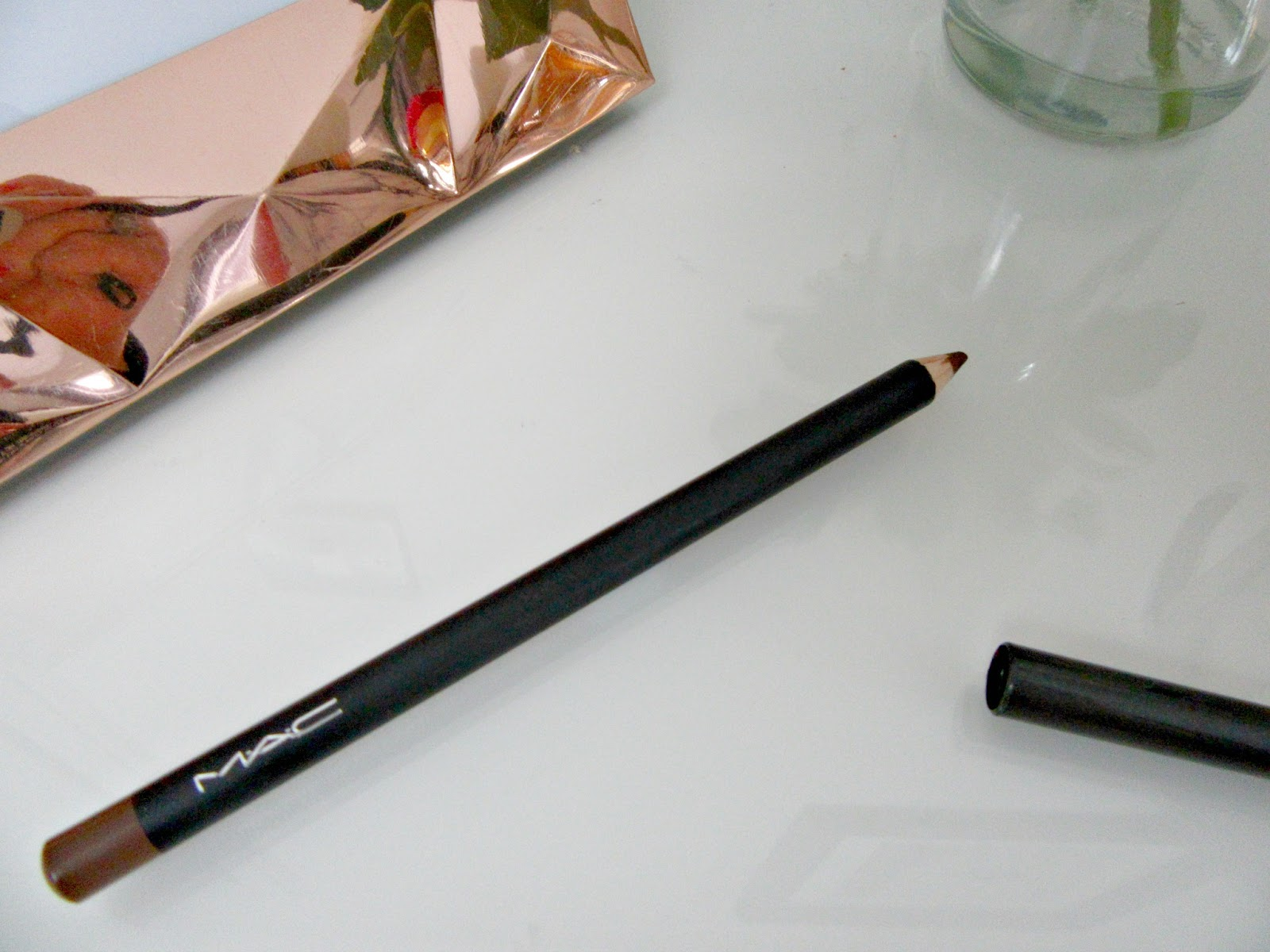 Mac Kohl Eyeliner Costa Riche