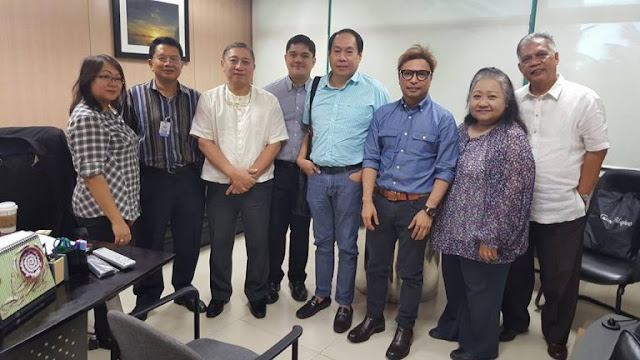Arnel Ignacio and Kat de Castro hold government position