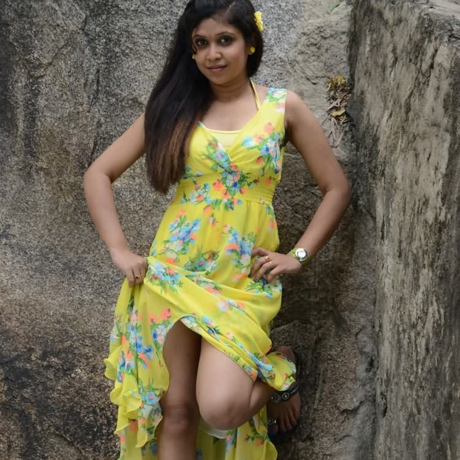 South Indian Actress Janu Lovely In Exclusive Photoshoot