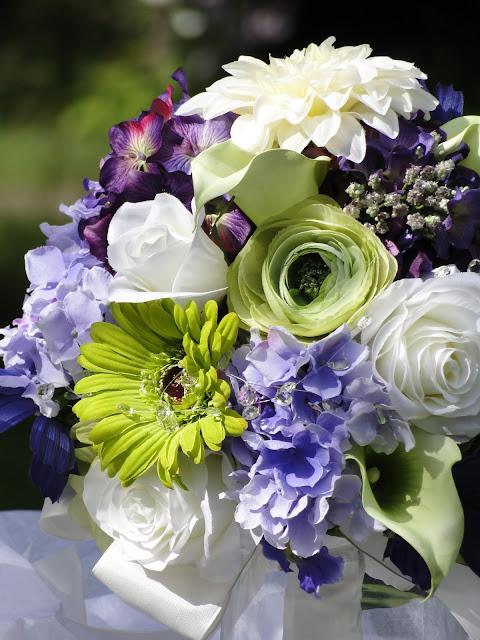 wedding flowers The Camellia Thunder Bay