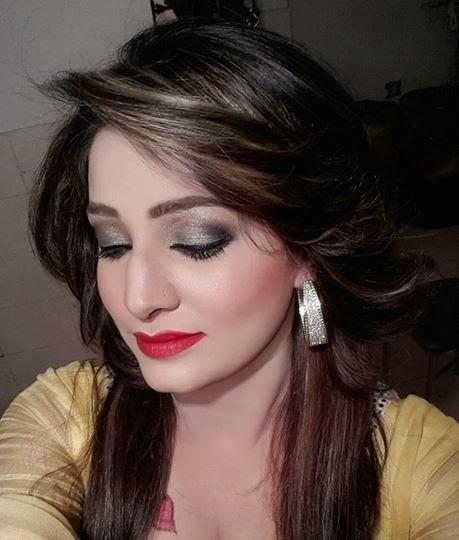 Pashto Hot Mujra: Sidra Noor Punjabi Hot Song Meri Diary