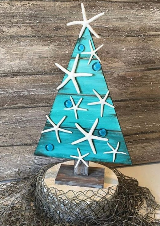 Recycled Small Wood Christmas Tree Idea