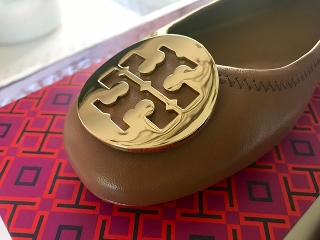Tory Burch 'Minnie' Travel Ballet Flat in Royal Tan