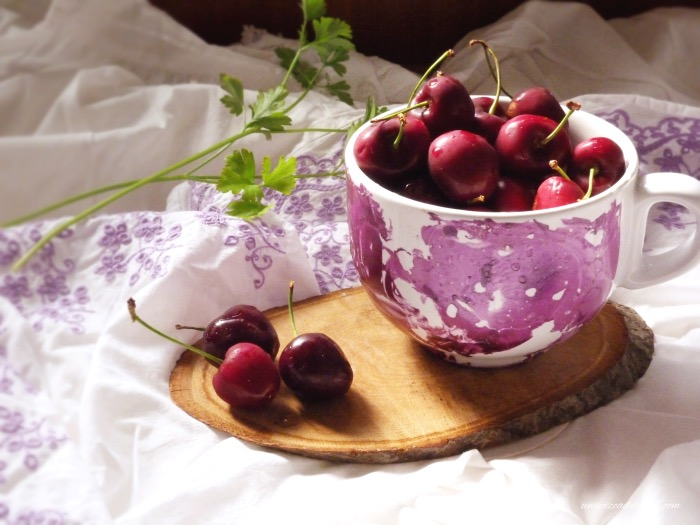 tartaletas de cerezas-cerezas frescas