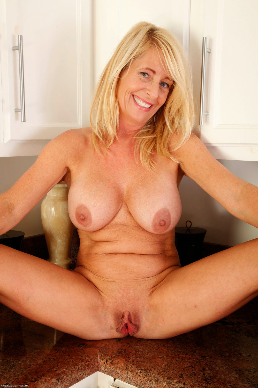 Milf Passion Auntjudys - Macy Maddison Over 50-3473