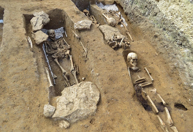 Large medieval necropolis excavated in outskirts of Paris