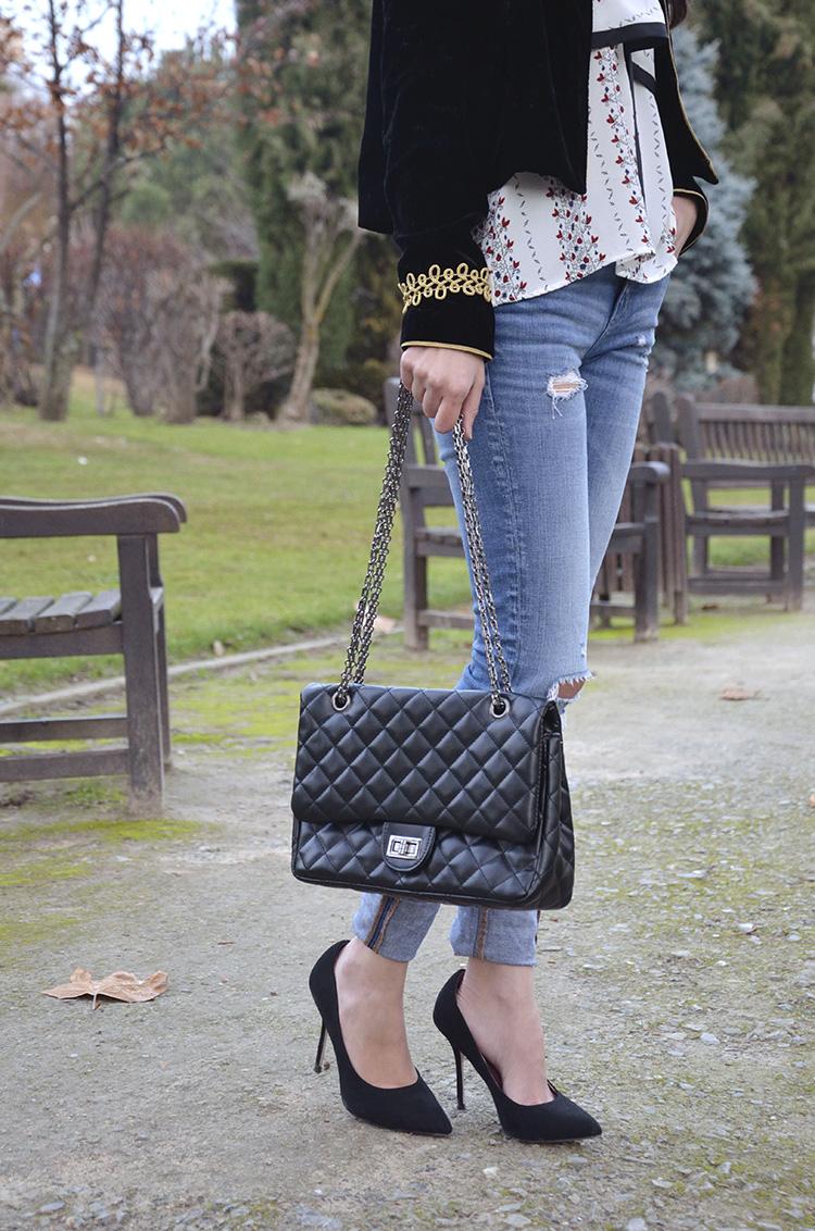 terciopelo-chaqueta-domador-zara-trends-gallery-look-fedora-jeans-velvet-jacket