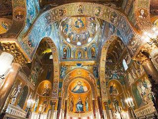 nave y cupula iglesia Martorana en Palermo