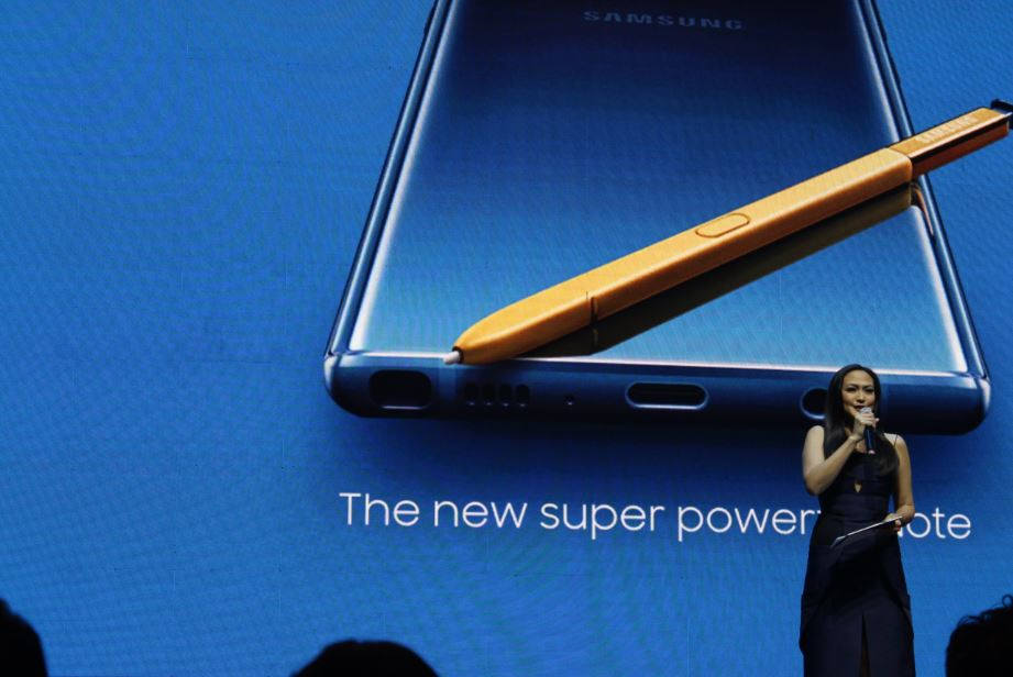 Cesca Litton hosts the media launch of the new super powerful SAMSUNG Galaxy Note9.