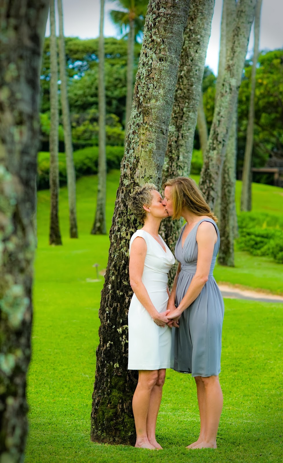 lgbt weddings hawaii, maui gay weddings planner, maui gay wedding photogrpahers