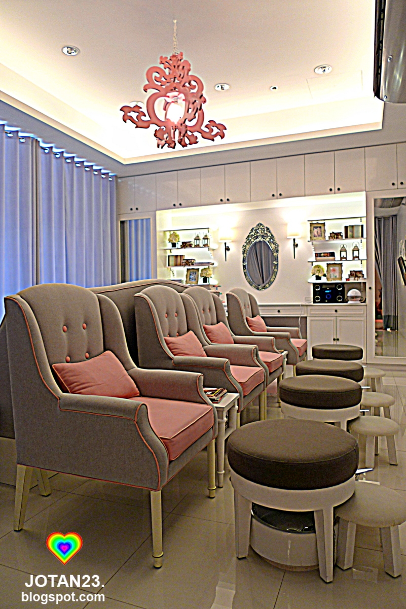 nail and dry bar the most glamorous nail salon in metro manila - Nail Salon Design Ideas Pictures