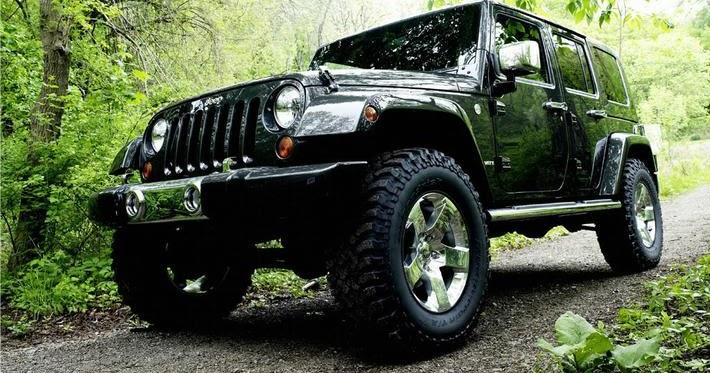 2012 jeep wrangler srt8 v8 b gsportruck. Black Bedroom Furniture Sets. Home Design Ideas