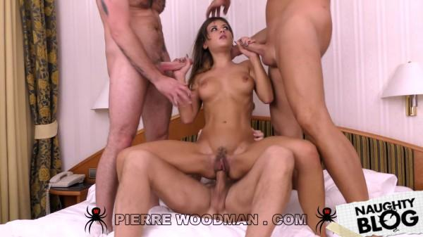 Woodman Casting X – Mina Sauvage: Prague Discovery With 4 Men