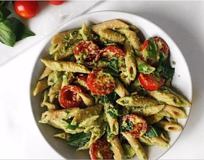 Quick and Easy Basil Avocado Pasta #pasta #vegetarian