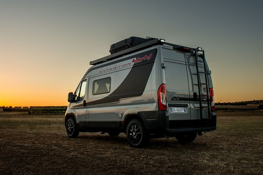 fiat ducato 4x4 expedition 2017 unveiled autoesque. Black Bedroom Furniture Sets. Home Design Ideas