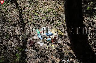 Свалка мусора у часовни Рейтанов в Грушевке