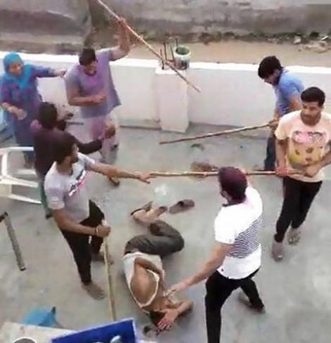 গুরগাঁওয়ে মুসলিম পরিবারের উপর হামলা উগ্র হিন্দুত্ববাদীদের
