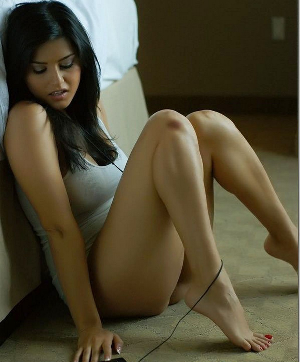 Film Actress Sunny Leone Hot Wallpapers, Latest Stills-7885