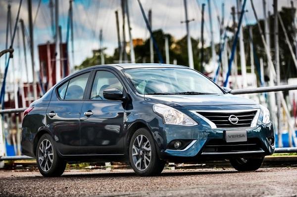 Ficha Técnica Nissan Versa Advance AT (2019)