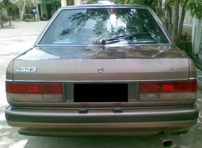 Eksterior Mazda 323 Elite dan Trendy Sedan