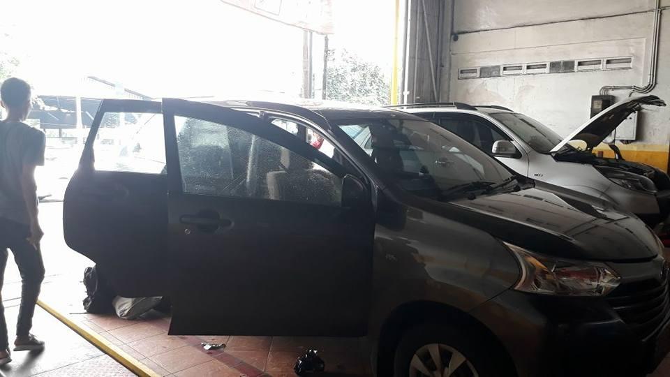 jasa pasang kaca film Solar Gard® untuk mobil Suzuki Ignis