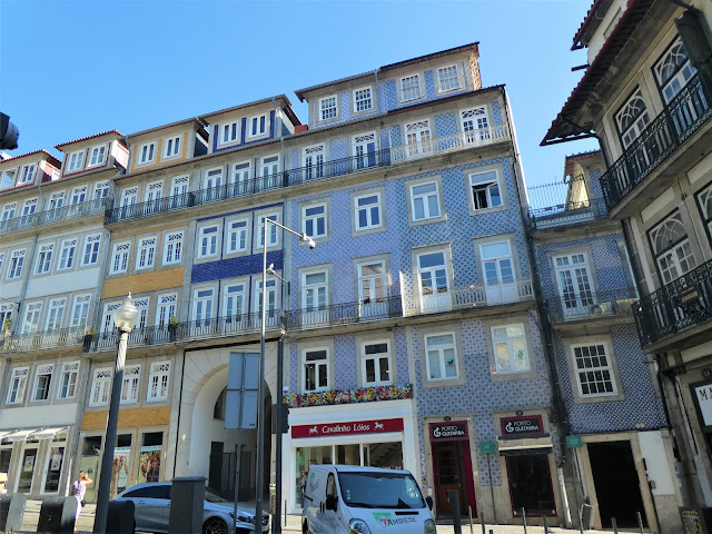 prisvärd central lägenhet i Porto
