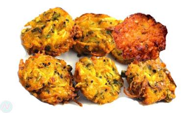 Onion fritter, dal bara, piyaji, onion pakoda,পিঁয়াজু