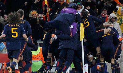 Finale mondiali 2010: Andrés Iniesta traina la Spagna che batte l'Olanda
