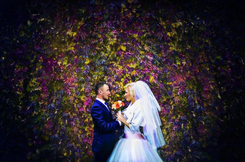 513fbfcc807811 Весільний фотограф Рівне Луцьк Київ - від його роботи залежить те, які  спогади залишаться для вас, ваших батьків, дітей, онуків і навіть правнуків.