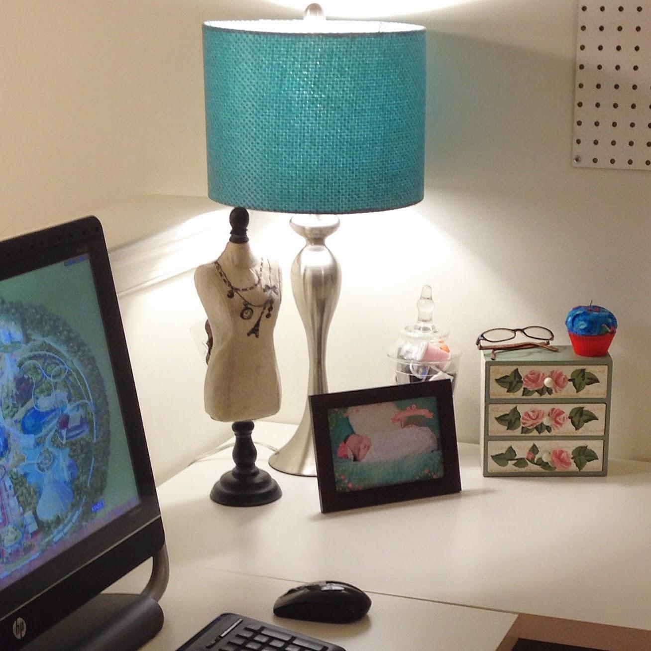Craft Room Makeover: A Little Bolt Of Life: Craft Room Makeover