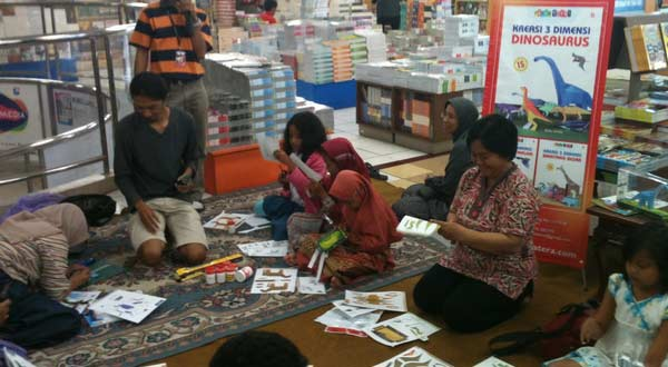 Gambar Workshop Pop-up Impian Studio