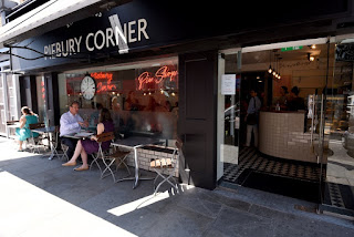 Piebury Corner Pie Shop Review