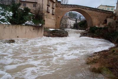 El Matarraña a su paso por el Puente de Piedra (Santa Ana)