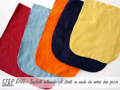 Bolsa de colores hecha con camiseta vieja