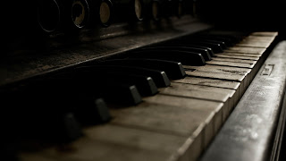 tips merawat dan membersihkan piano yang benar